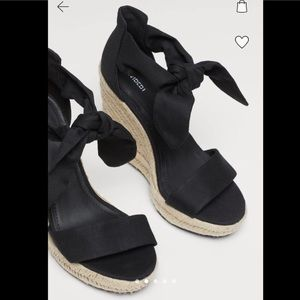 H&M black wedged heeled sandals